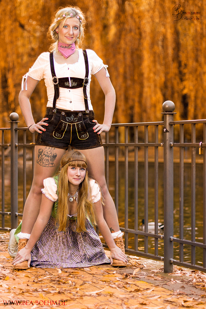 34 Sandra und Lotti im Herbst