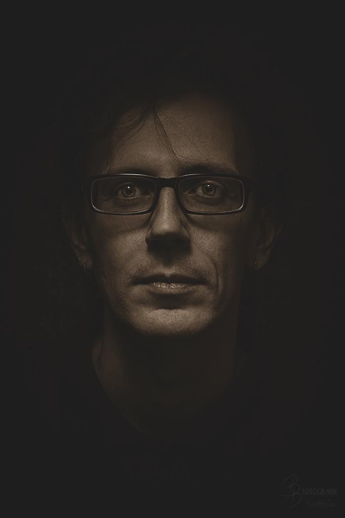 04 Charakterportrait Aaron Rautenberg Bronze
