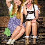 Outdoorshooting in Trachten - Sandra und Lotti - Volkspark Friedrichshain - 12
