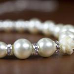 Edles Perlenarmband mit Rosenverzierung, Strass in 925er Silber von JDUnikat Schmuckdesignerin Jana Drange, Brautschmuck handmade aus Berlin