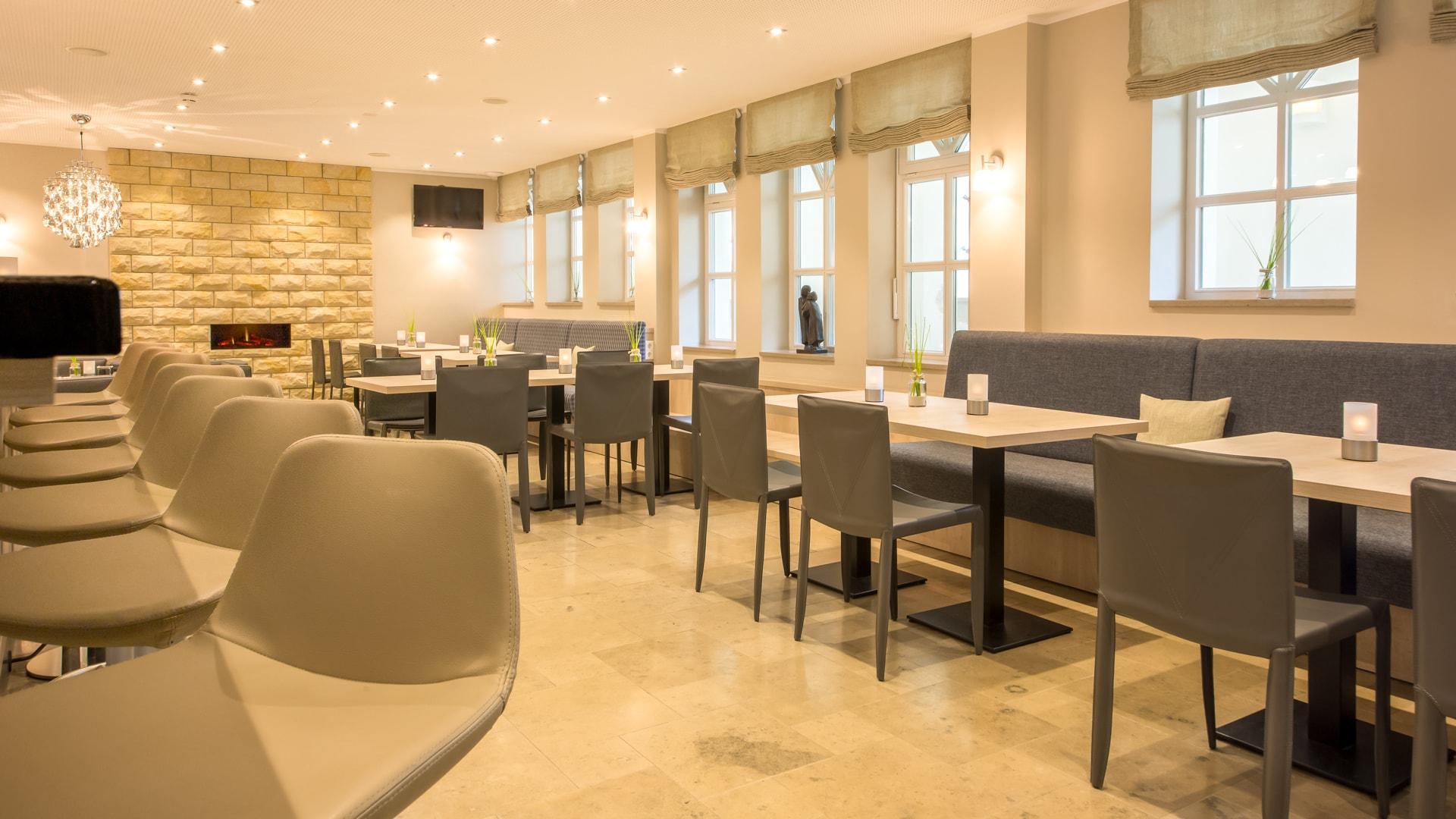 1 Michels_Hotels_Inselhotel_Vier_Jahreszeiten_Seehundbar