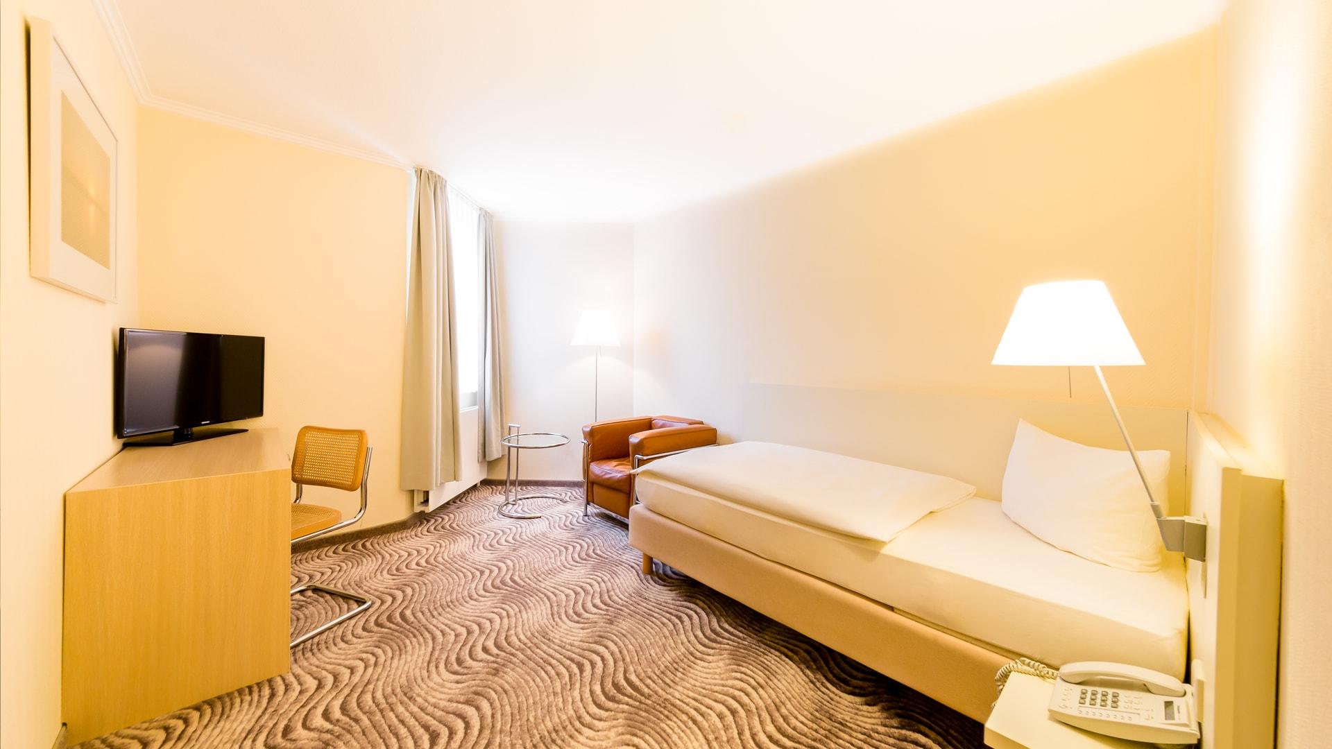 17 Michels_Hotels_Thalassohotel_Nordseehaus_Einzelzimmer_Klassik