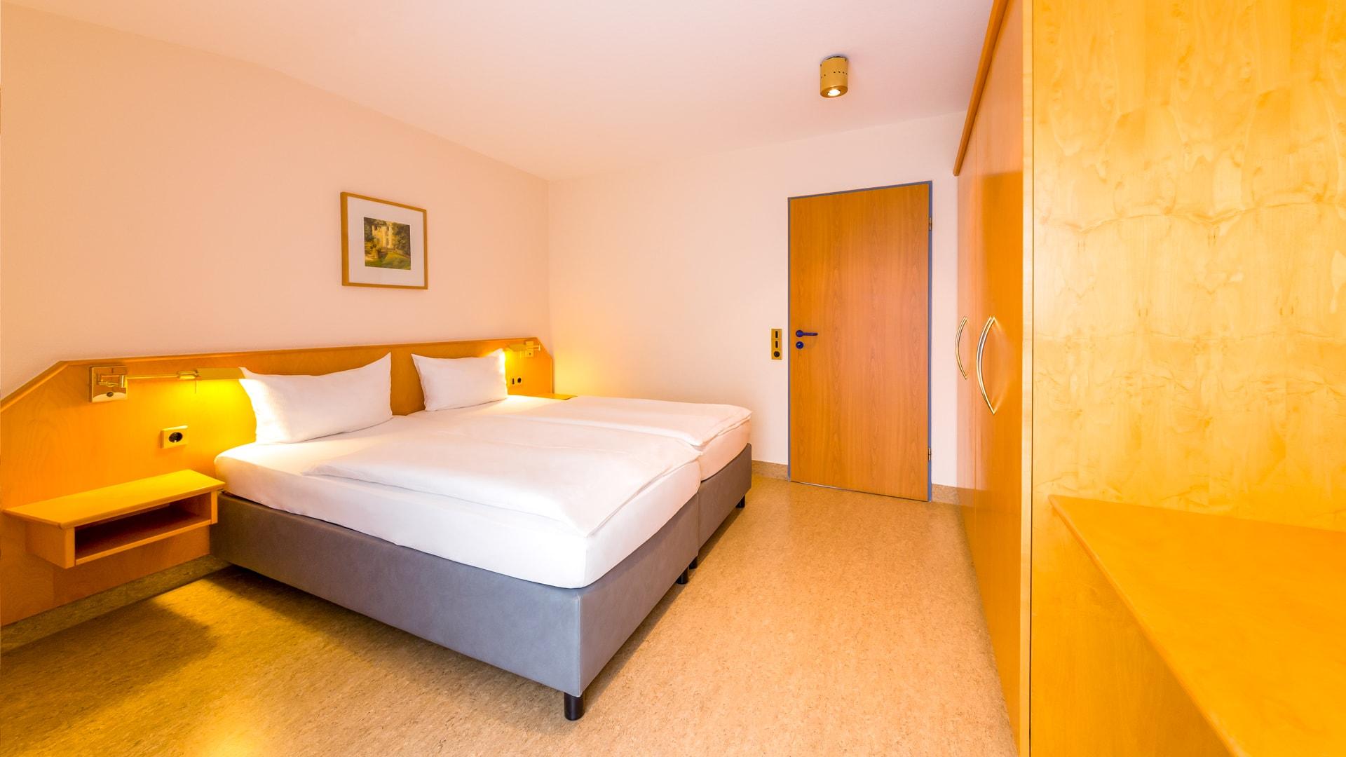 4 Michels_Hotels_Aparthotel_Norderney_Apartement_Schlafzimmer