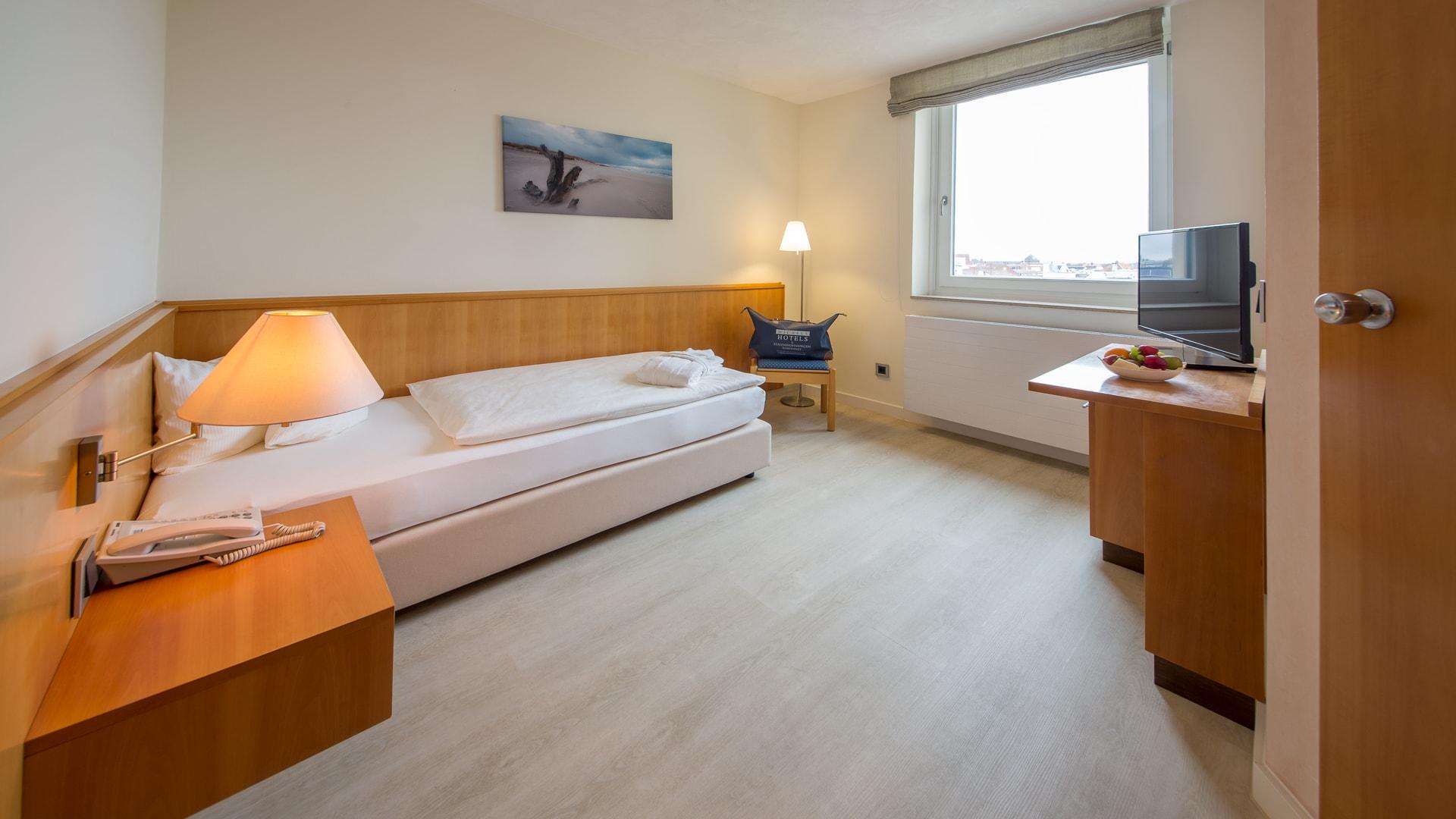 41 Michels_Hotels_Strandhotel_Germania_Familiensuite_Seeseite_Drittes_Bett