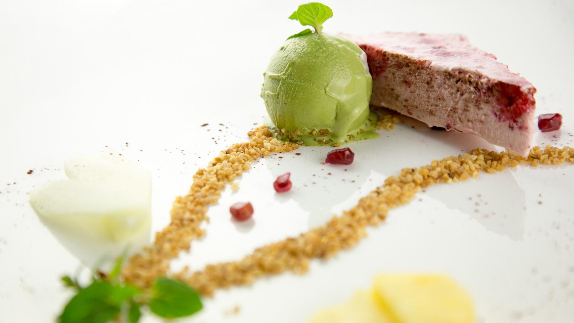 43 Michels_Hotels_Thalassohotel_Nordseehaus_Restaurant_Tide_Menue_Dessert