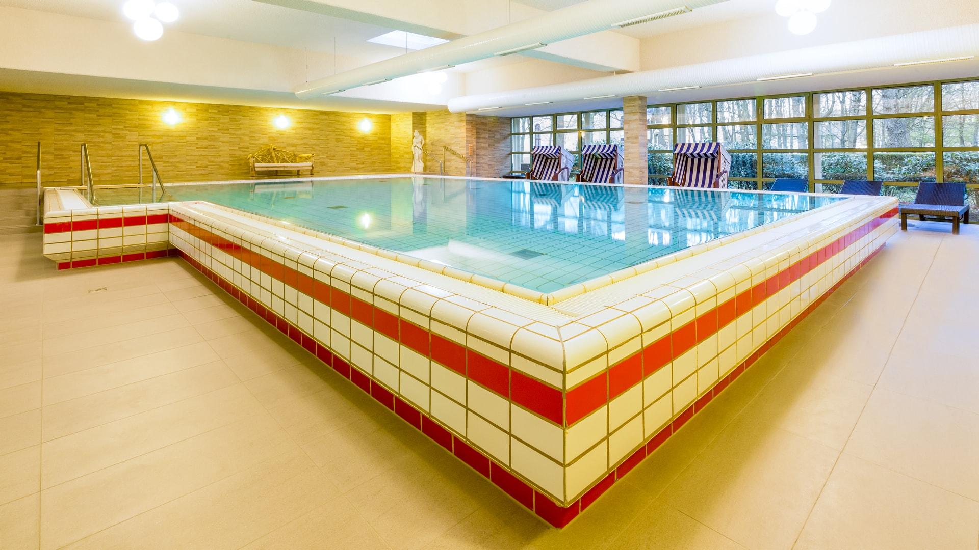 48 Michels_Hotels_Thalassohotel_Nordseehaus_Wellnessbereich_Pool